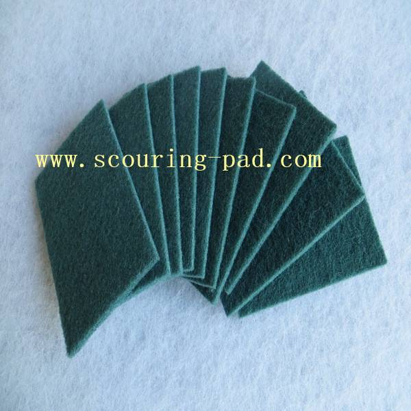green abrasive scouring pad