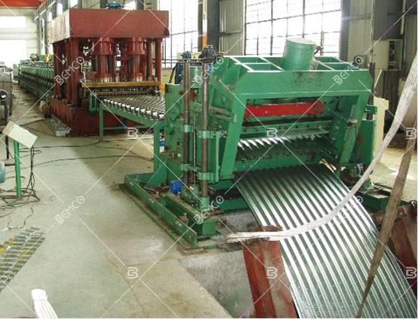 Grain bin silo roll forming machine
