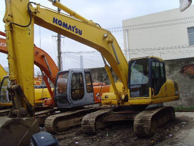 Used KOMASTU PC200-6 Excavator on sale