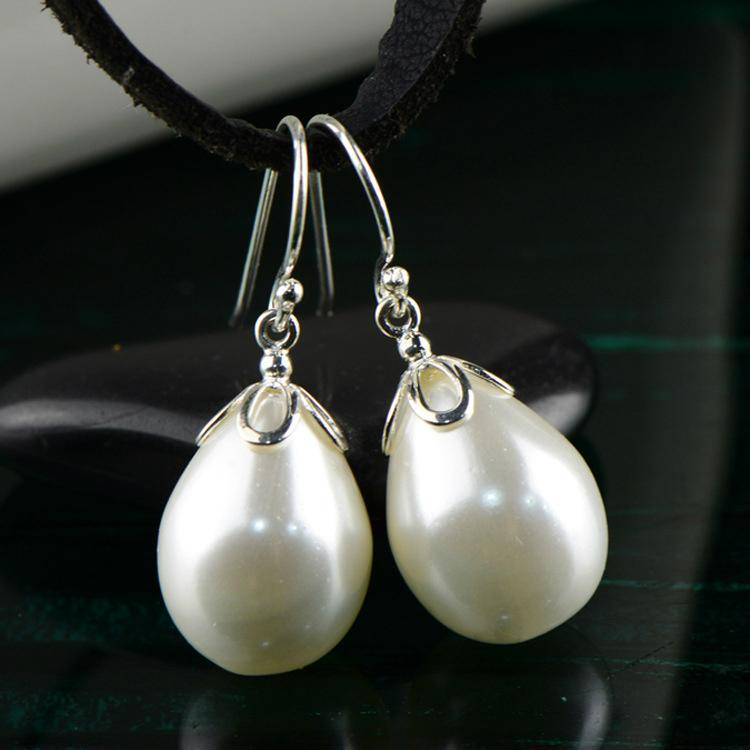 Pretty fashion waterdrop shaped pearl S925 sterling silver  Earrings
