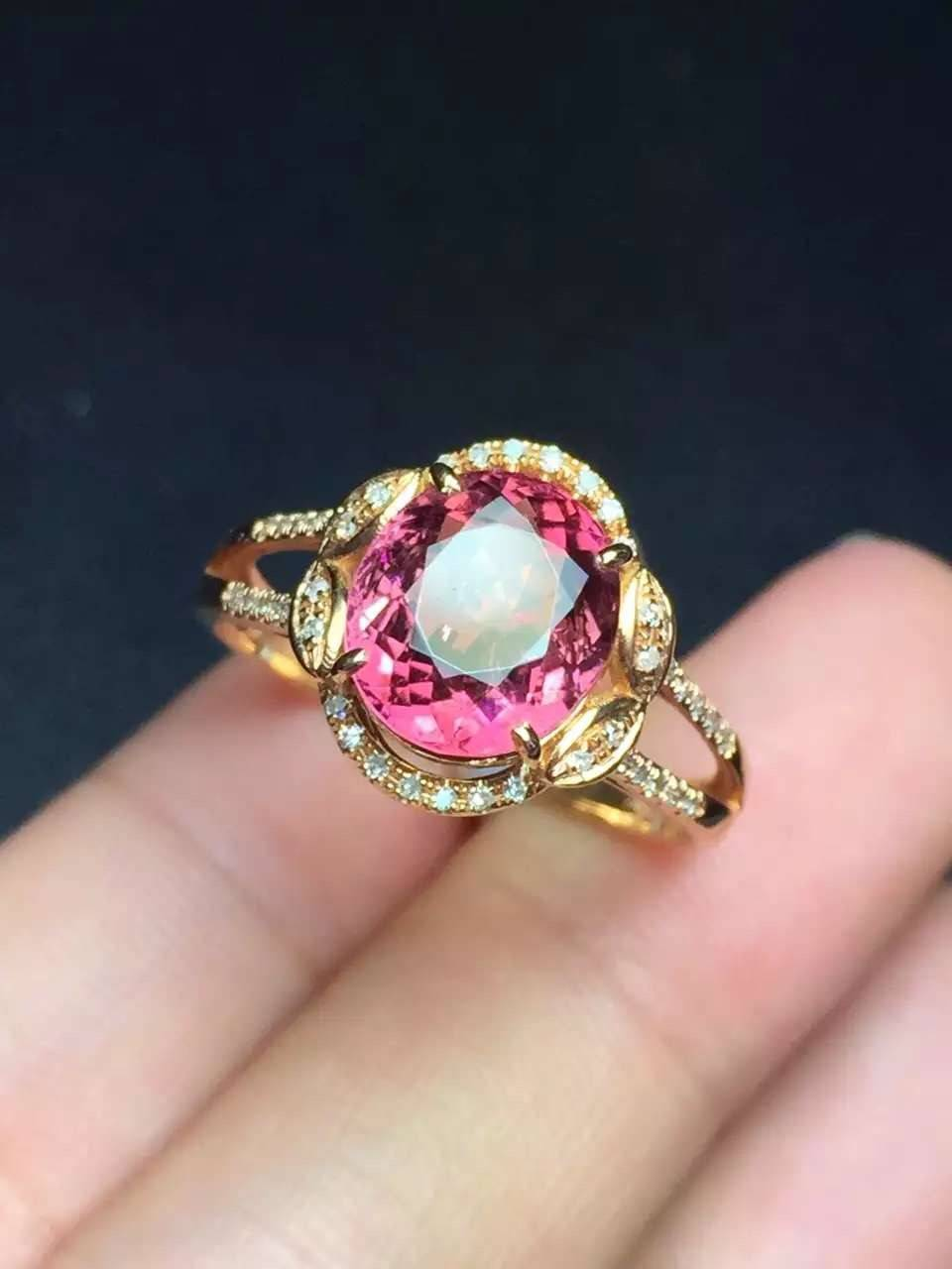 2016 Natural Crystal Clear Tourmaline Ring in 18k Gold Inlaid with Diamonds