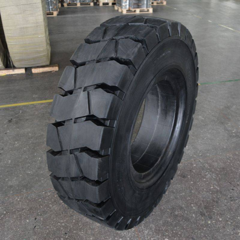 forestry tyre 12.00-20/8.00 for steel mill