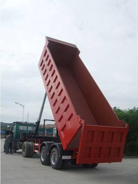 Light rear dump truck