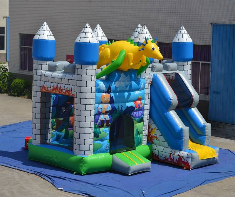 Lanqu inflatable jumping castle