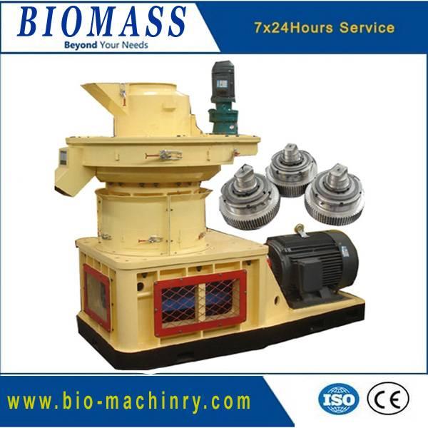 Larger heavy wood pellet machine