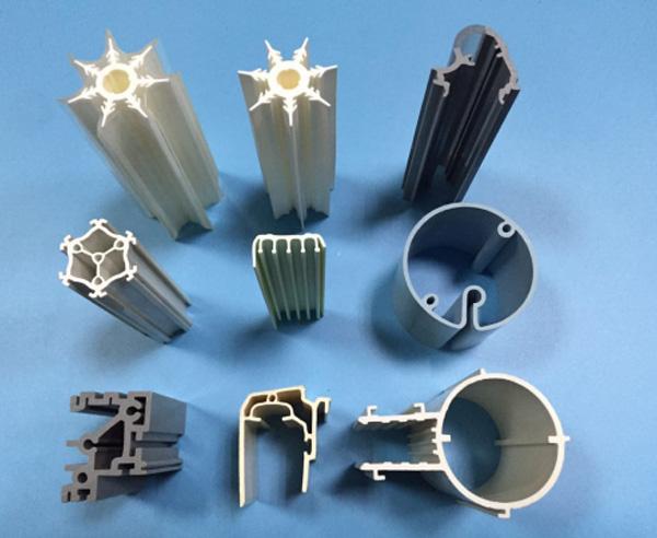 Plastic PipePP Plastic Extrusion ProfileCustomized Plastic Products