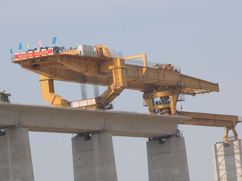 800 ton overhead full span launching gantry machine for highway T beam