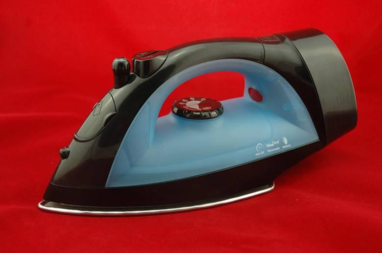 Timma Retractable Cord Iron DR-805R