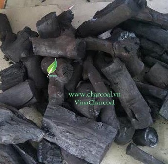 Organic charcoal for Grilling in restaurant with great material of wood tree in Vietnam