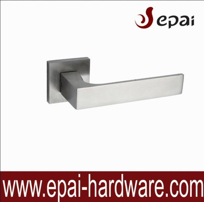 Solid lever handle for timber door