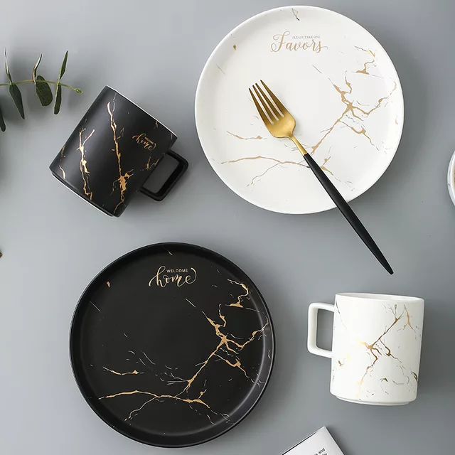 PLATE,BOWL AND CUP CERAMICS DINNER SET