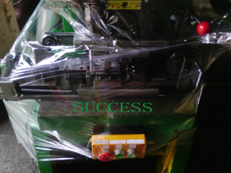 SUCCESS Automatic Bed Net Clips Molds,Punch,Equipment