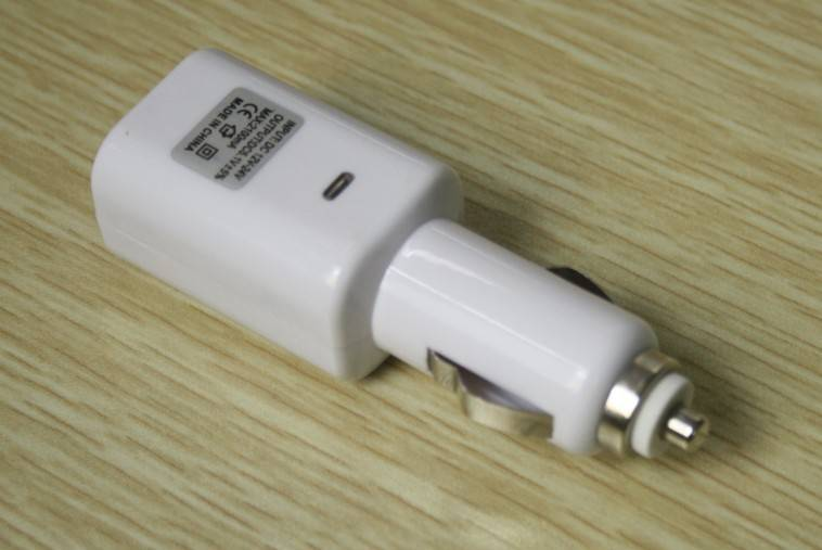 2USB car charger for ipod iphone ipad