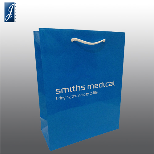 Customized medium paper bag for SMITHS