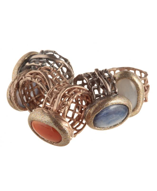 OVAL SILVER STONE RING GRID