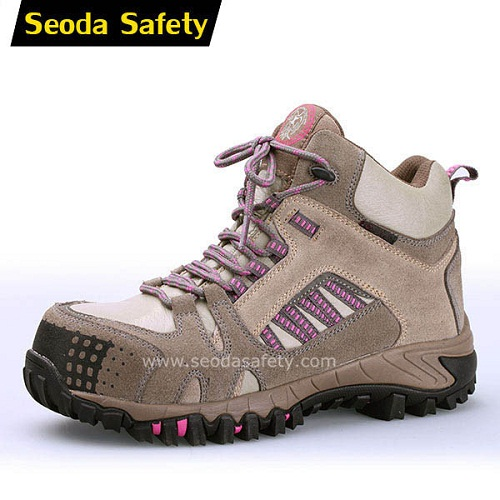 Safety shoes for woman