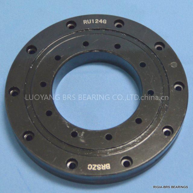 RU124G crossed roller bearing surface blackening