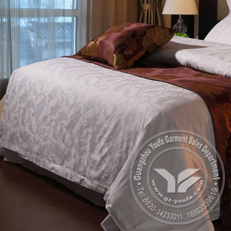 300 Thread count jacquard fabric bedding set