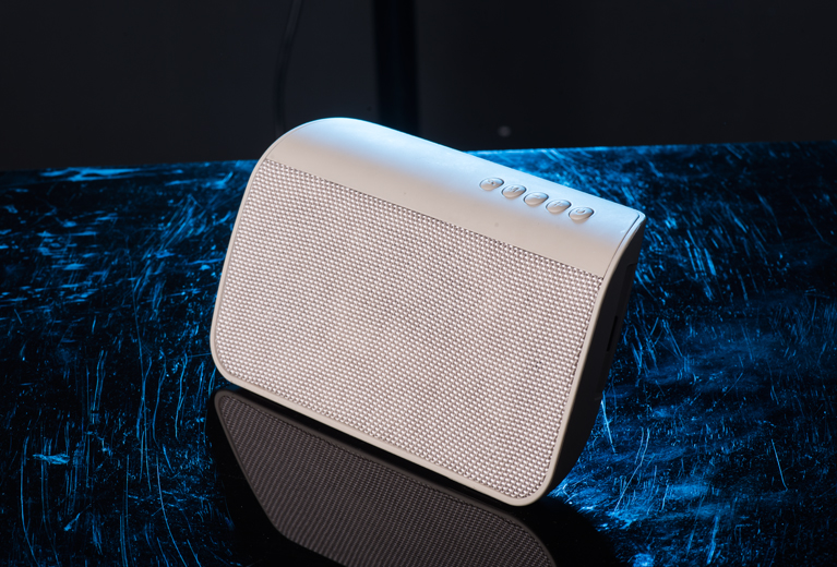 OKA MY661BT Fabric Bluetooth Speaker