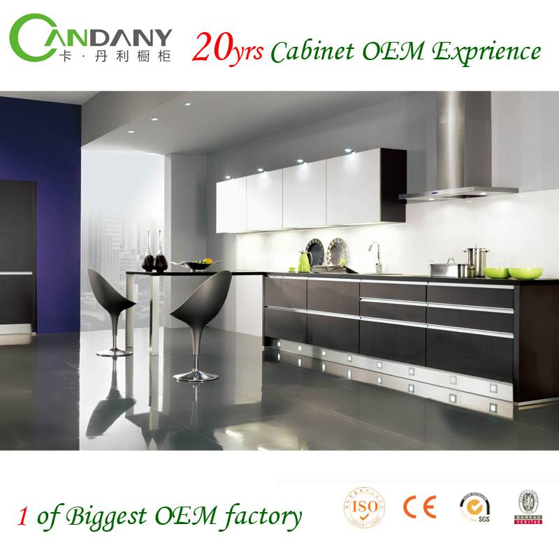20 Yrs in OEM/ODM Paint Baked Kitchen Cabinets with high gloss lacquer door  For Sale