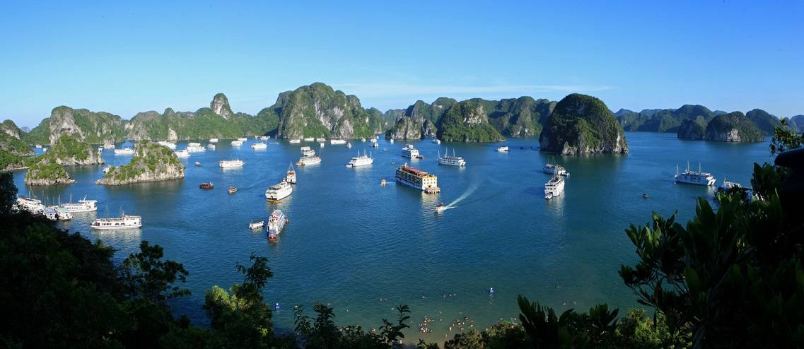 group travel packages to vietnam