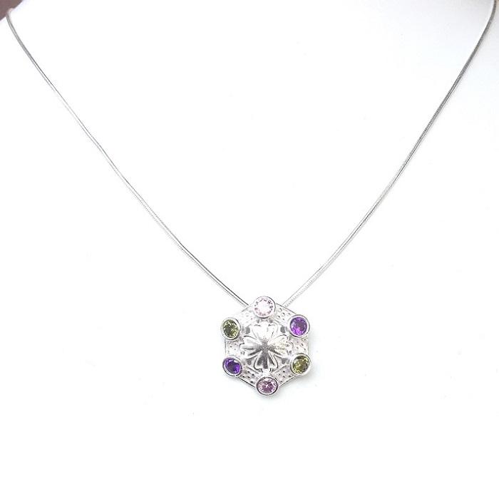 silver zircon pendant