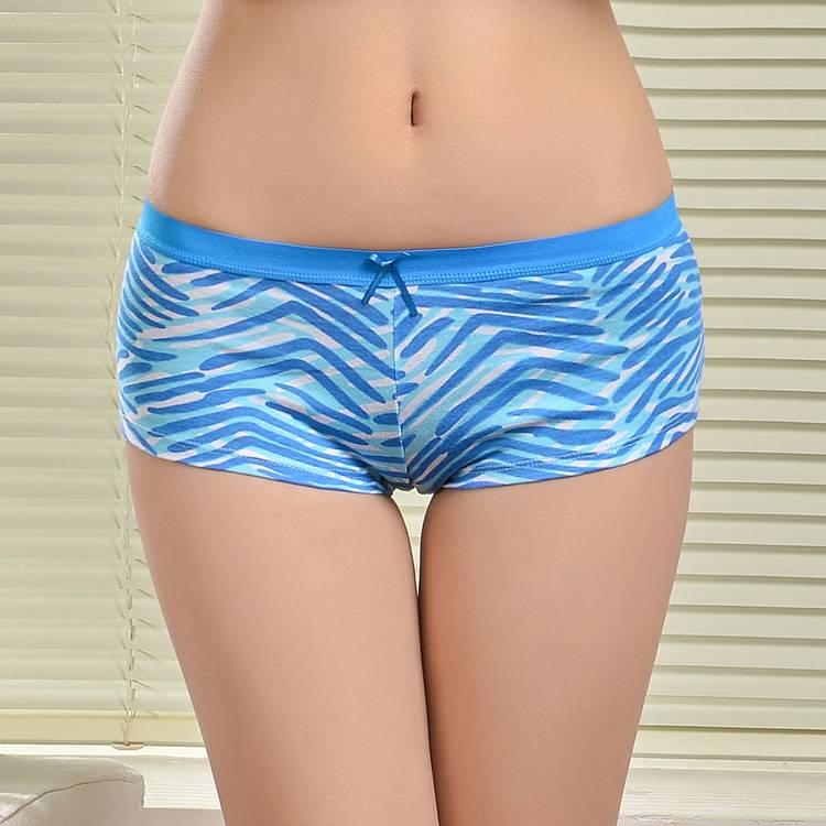Promotion 2015 New stretched cotton boxers sport women underwear lady boyshort pants lady panties li