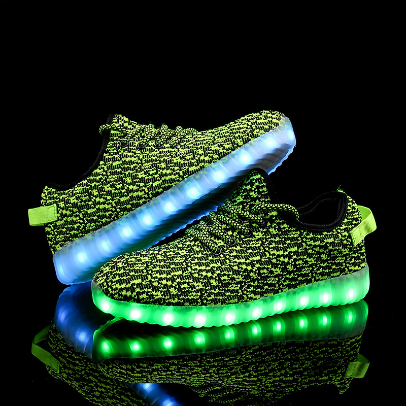 Factory Price LED Flashing Shoes for Outdoor Activities LED Glowing Sports Shoes