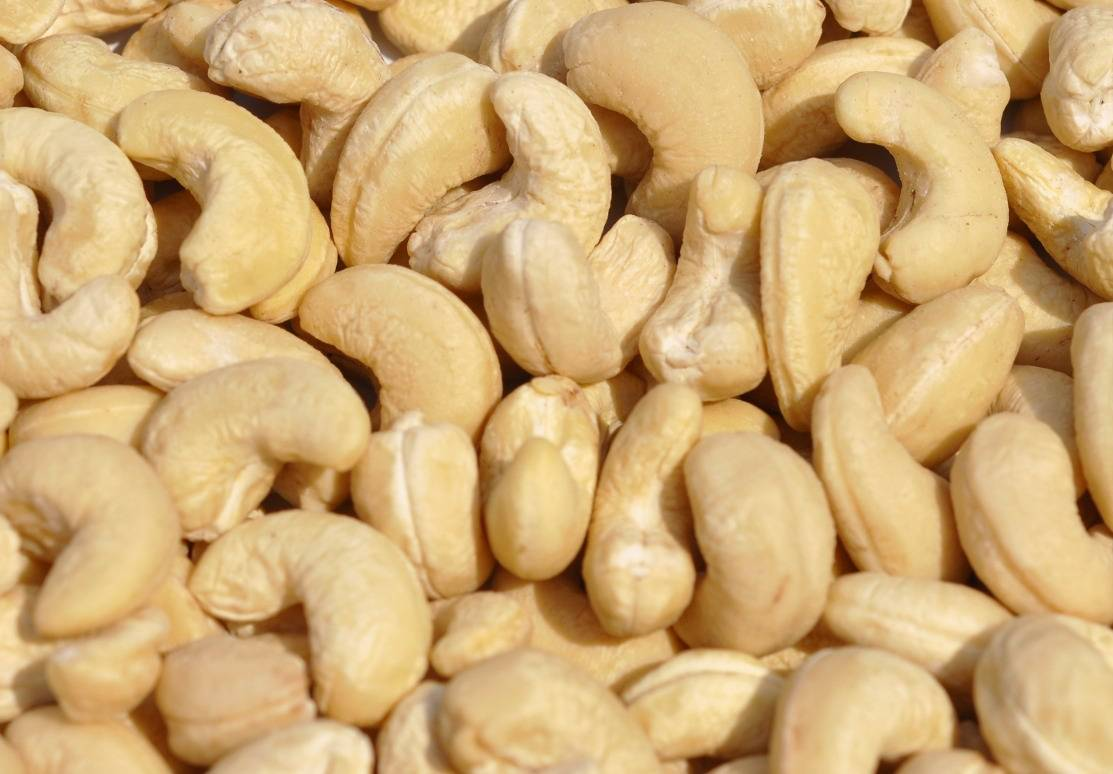 Best Quality Organic Cashews nuts, Raw Cashew nuts, Organic Dry Roasted Cashews