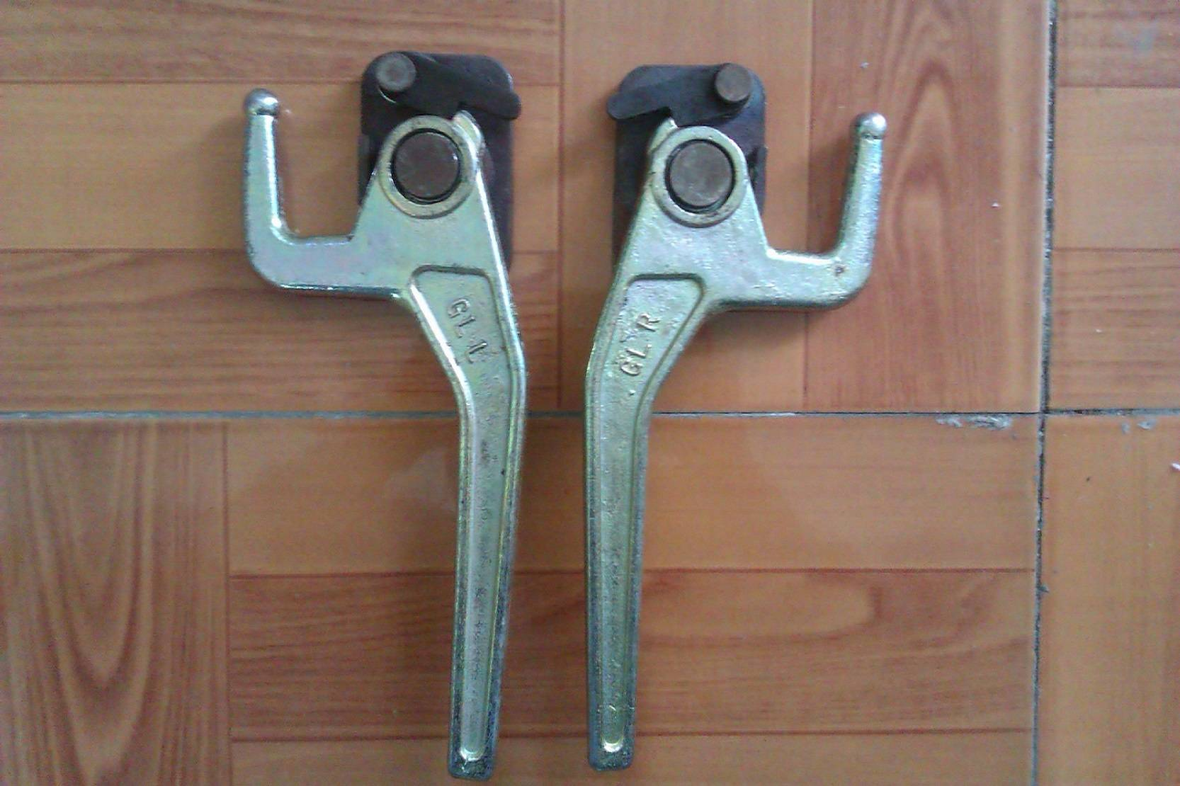 Truck Body Parts, Trailer Parts, Body Fittings,Spring Latch Lock, Truck Buckles Toggle Fastener GL-1