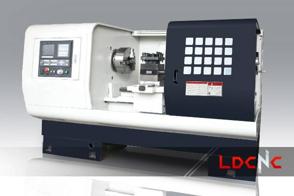 CK6152 light duty CNC lathe machine, Swing diameter over carriage 300mm