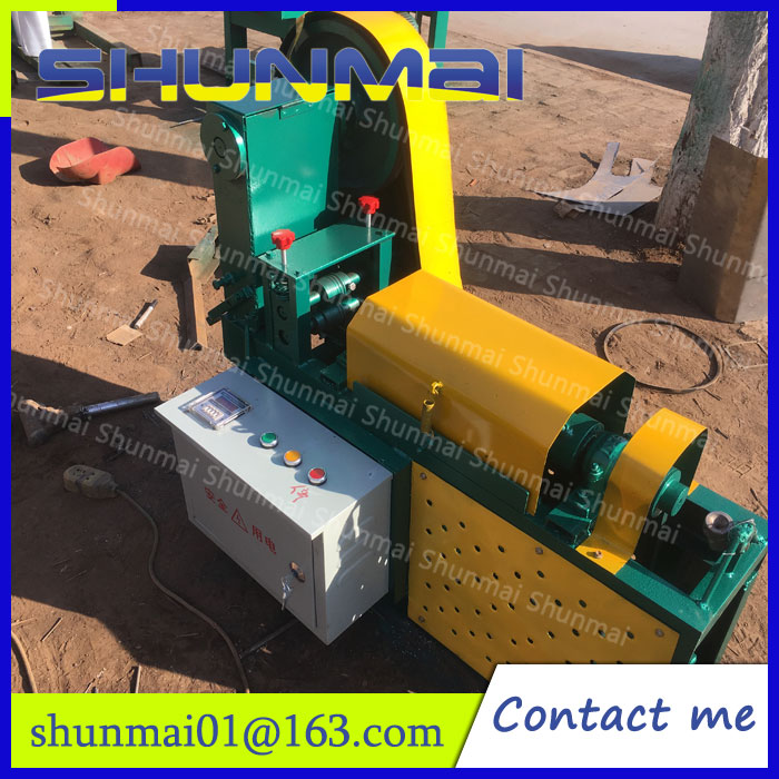 Automatic wire straightening machine