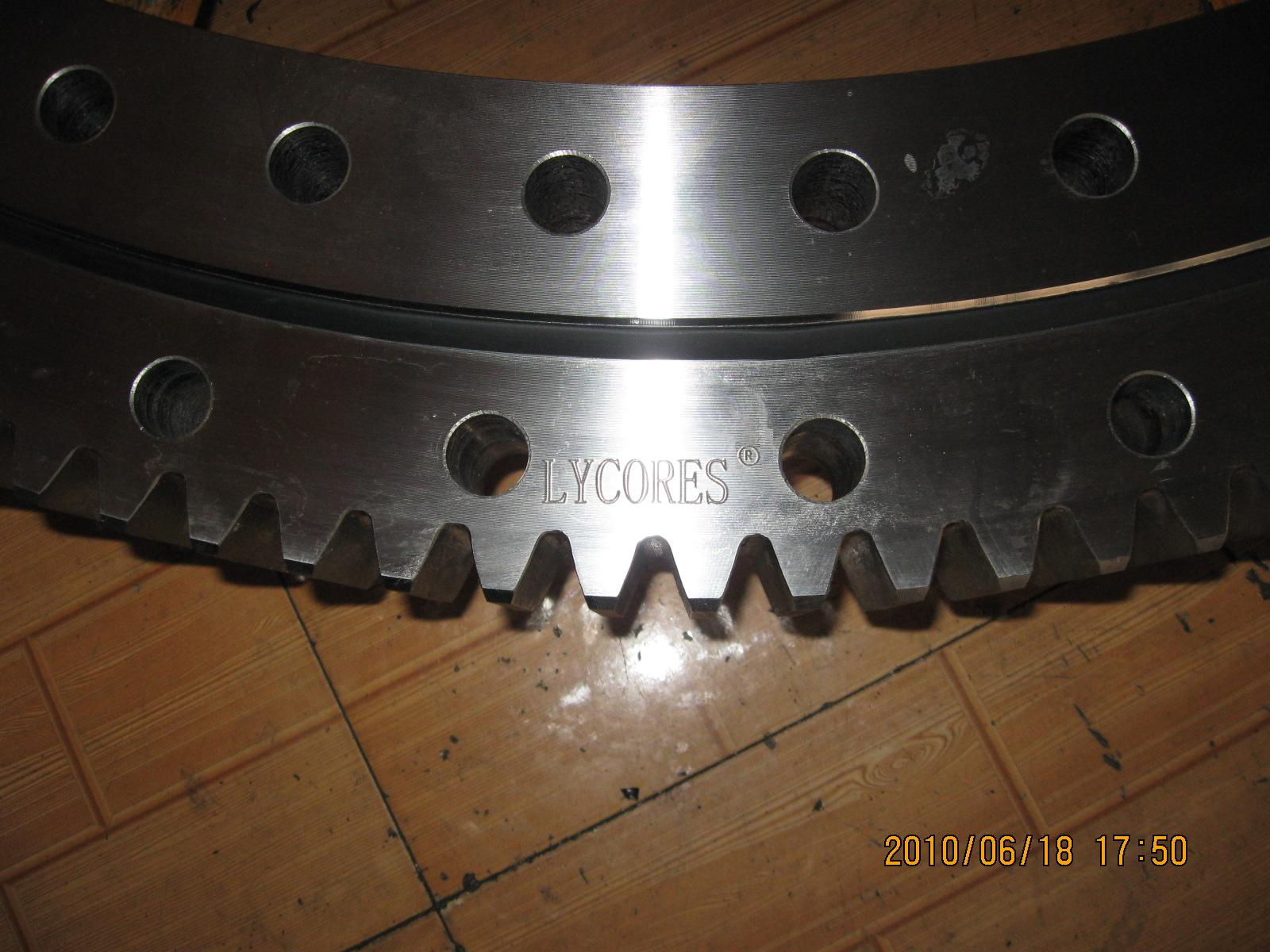 slewing ring for forest machinery