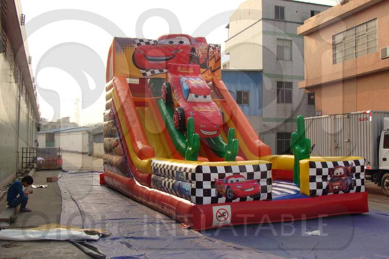 INFLATABLE DISNEY CARS DOUBLE LANE SLIDE