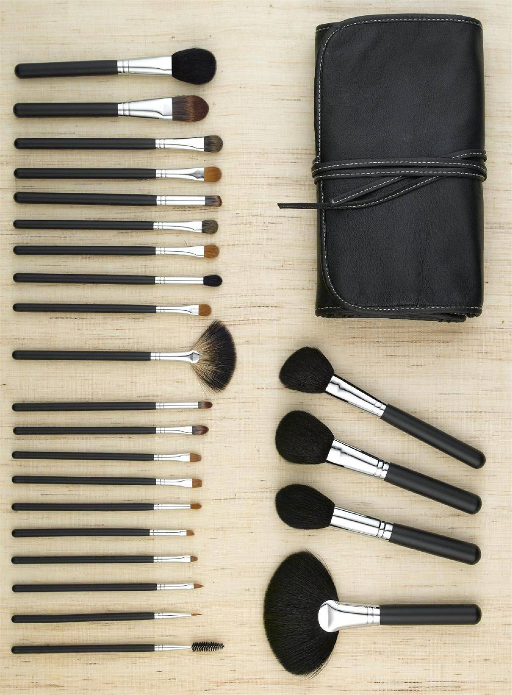 24pcs Professional Wood Makeup Brush Set Foundation Brushes Makeup Brushes