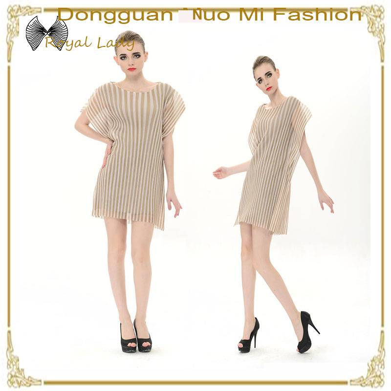 New design pleated sleeveless short printed chiffon dresses