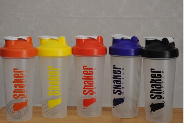 600ml protein shaker bottle with blender ball