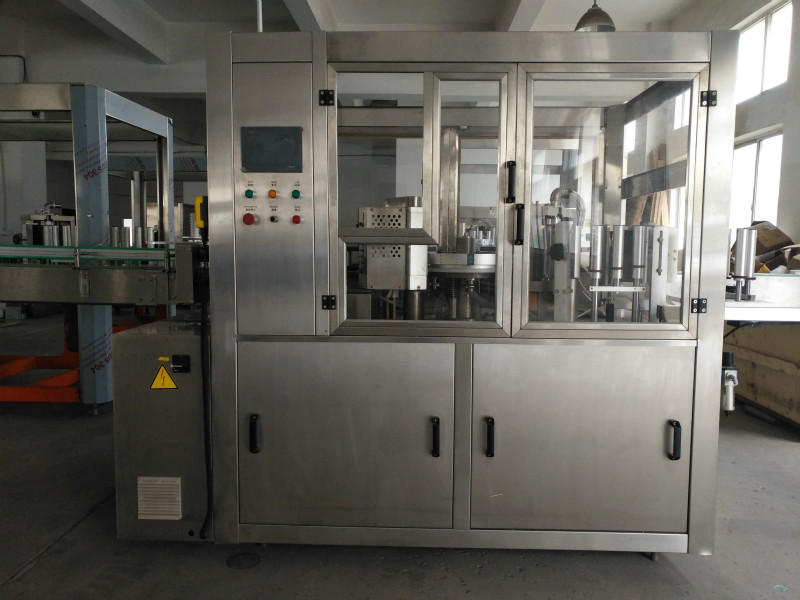 OPP labeling machine 3,000~12,000 bottles per hour