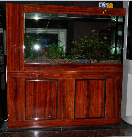 Rosewood glass 3-view cabinet