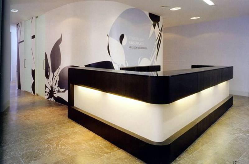 Modern commercial beauty parlour/beauty salon reception desk counter