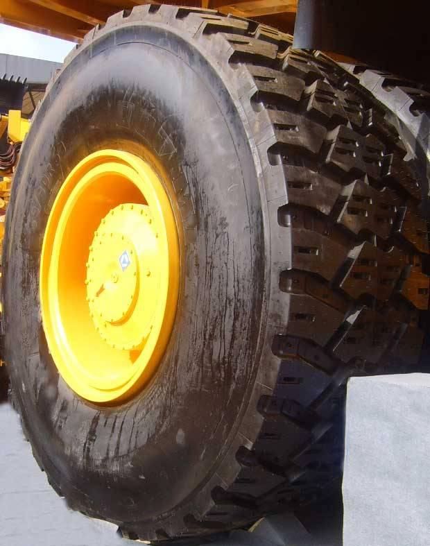 OTR giant mining tire tyre
