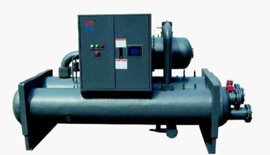 Seawater source heat pump (heat source comes from seawater)