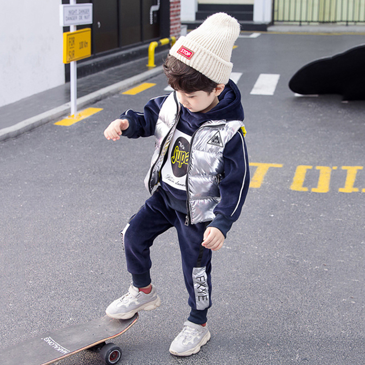 Ready Made latest fashion small moq kid clothing 2019 Hot Sale