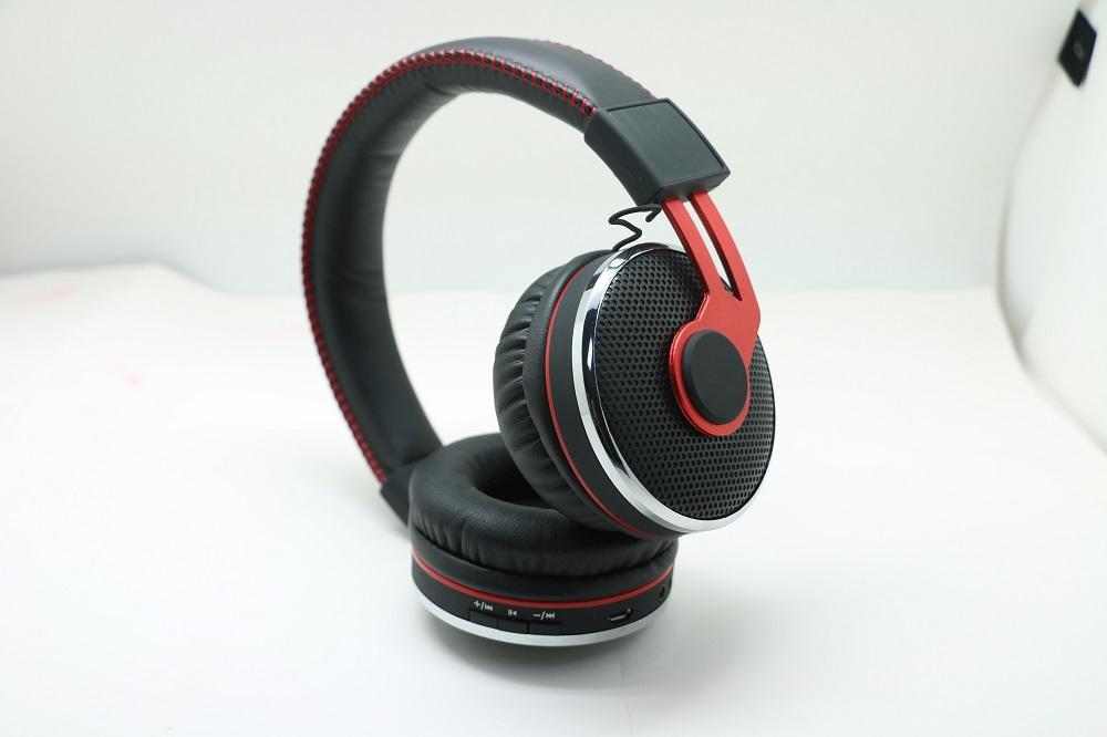 3.5mm Super Bass Studio Comfortable Mobile Music Wired Headphone
