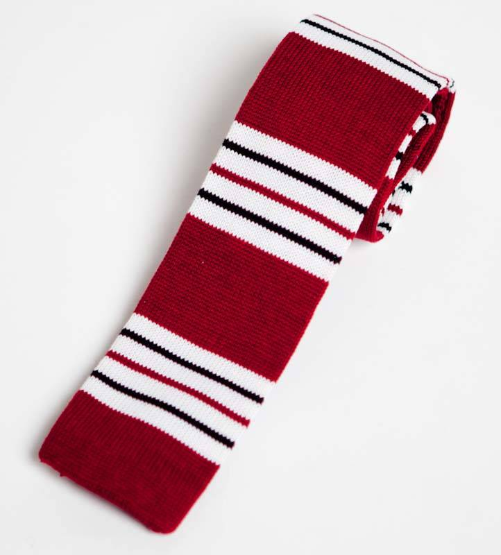 Red Knitted Neck tie