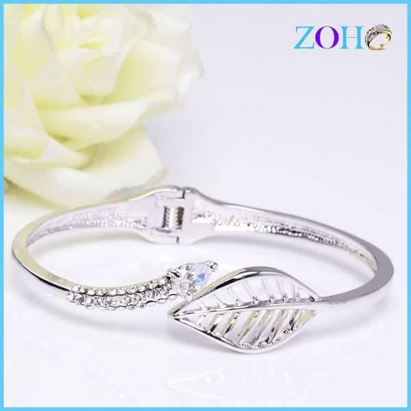 Novelty hollow leaf shape rhodium plating women leaf bracelet adjustiable bangles