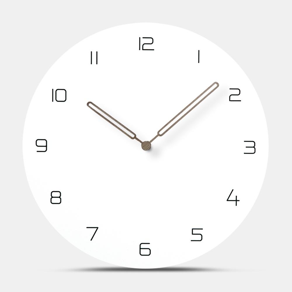 Decorative Wooden Circular Wall Clock Moistureproof Silent Hanging Watch European Creative MDF Wood