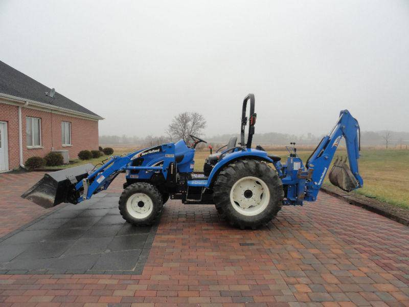 New Holland TC35A 4x4 Tractor Loader
