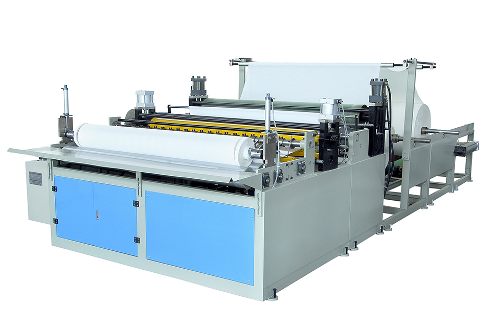 Toilet paper reel slitting and rewinding machine