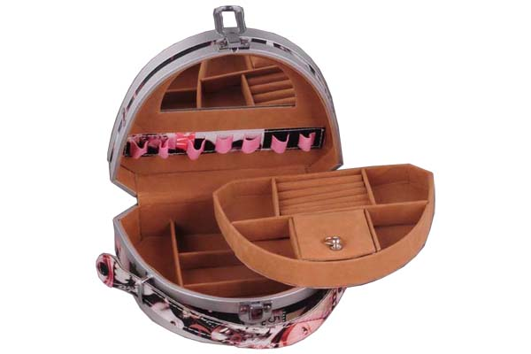 Jewelry Carrying Case with Different Size of Departments and Ring Holders